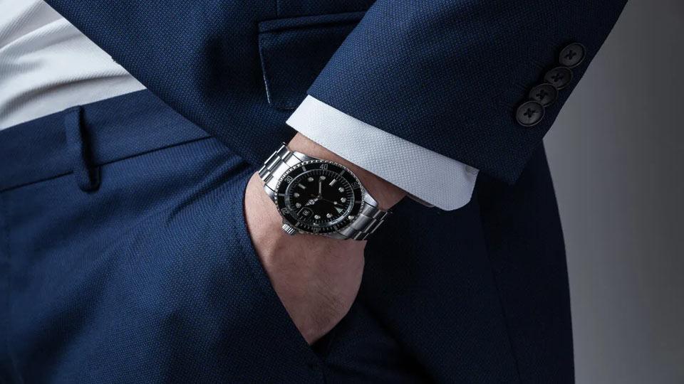 خرید ساعت مچی مردانه و زنانه